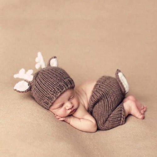 2 шт. милые зимние новорожденных Дети для маленьких девочек мальчиков крючком вязать олень костюм шляпа Наборы для ухода за кожей