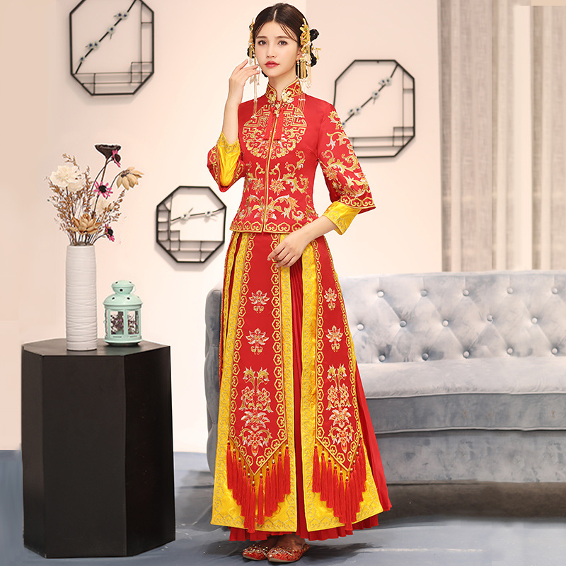 Chinese Tassel Lady Cheongsam Red Handmade Embroidery Qipao Bride Wedding Pleated Dress Gown Stage Show Clothing Marriage Gift