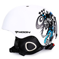 New Brand Ski Helmet Ultralight And Integrally Molded Professional Snowboard Helmet Men Skating Skateboard Helmet Multi