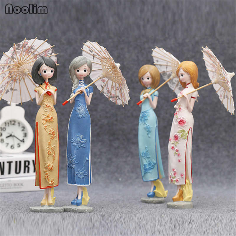 NOOLIM Cartoon Kawaii Umbrella Girls Figurines Chinese Cheongsam Girl Resin Crafts Miniature Figurines Birthday Gift Home Decor