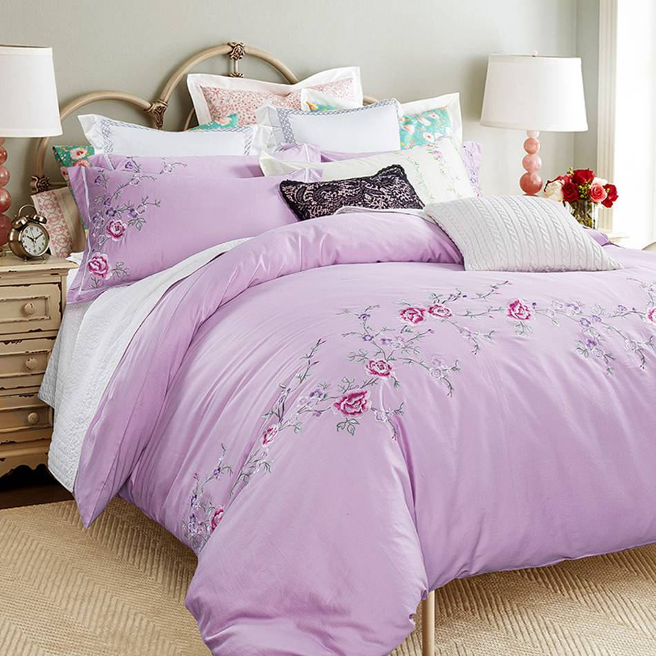Purple bed sets queen - Rose Embroidered Bedding Sets Queen King Size Bedlinen 100 Cotton Quilt Cover Set Country Style Bed Sheets Purple Bedding Set