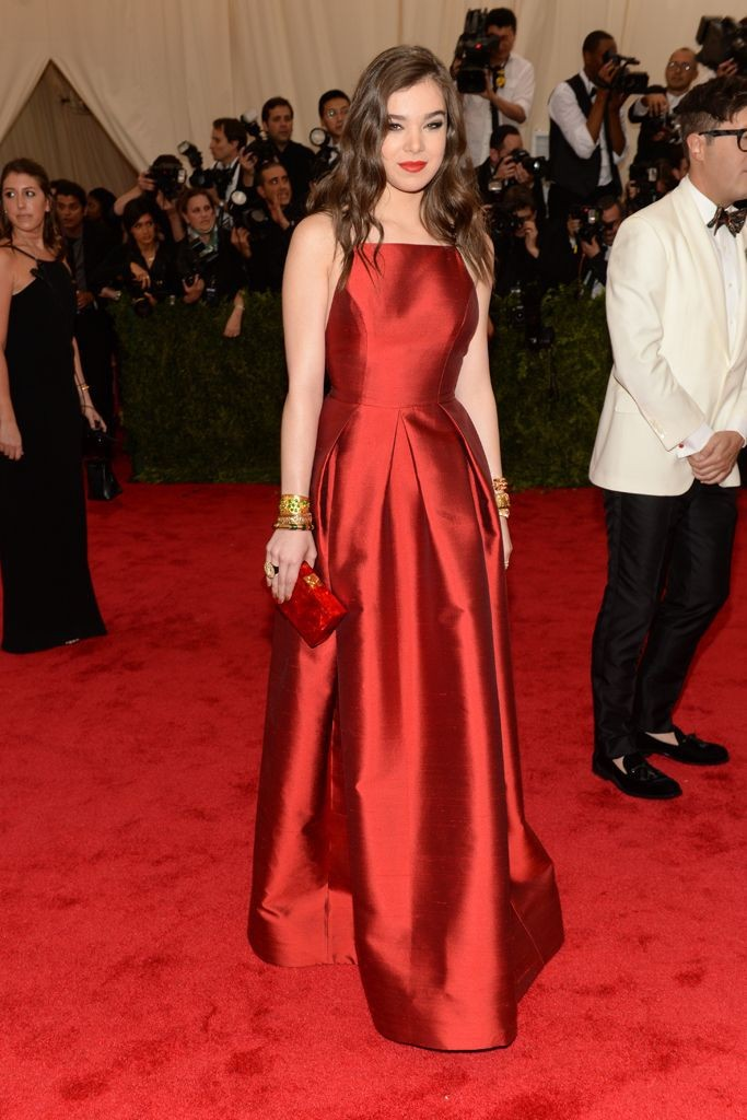 2015-Met-Gala-Hailee-Steinfeld-Sexy-Red-Carpet-Celebrity-Prom-Dress-With-Taffeta-Backless-A-Line (3)