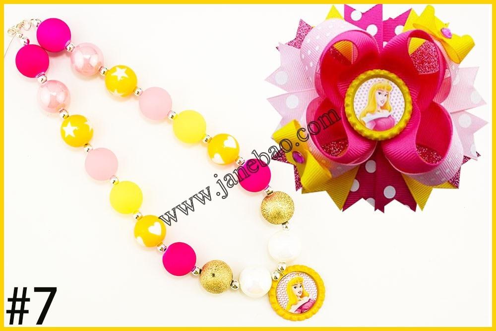 Image 4 - free shipping 10set Cartoon princess chunky bubblegum kids  necklace  and character hair bows 4.5 girl hair clipsgirls hair  clipshair clipgirls hair
