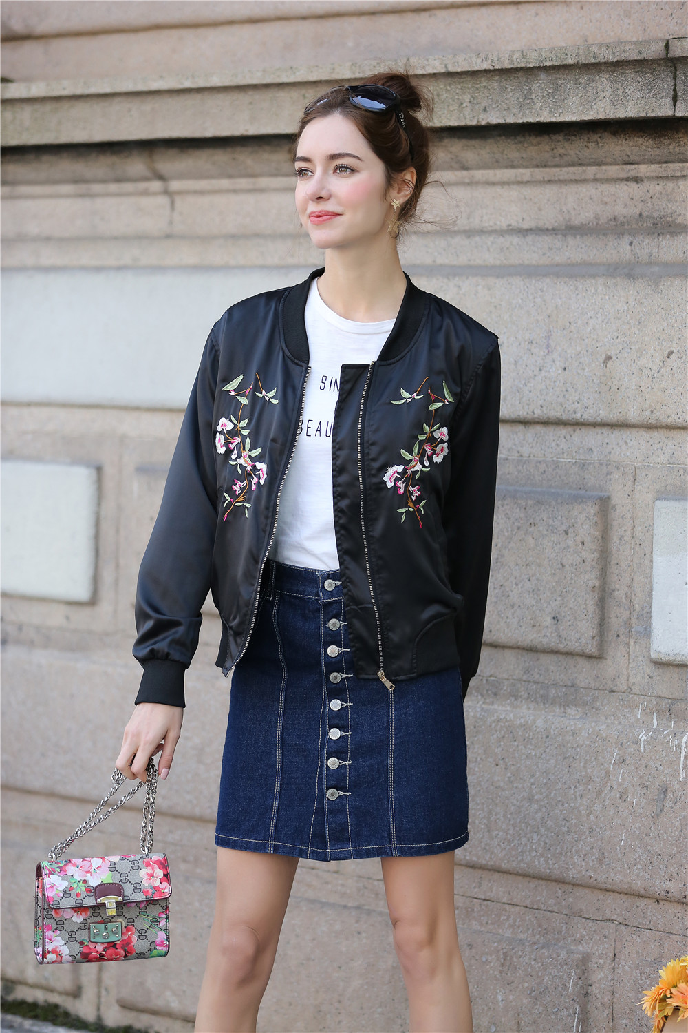 2018 Women   Jacket   Floral Embroidered Bomber   Jacket   Women Spring Flower Baseball   Basic     Jacket   Female Black Coat