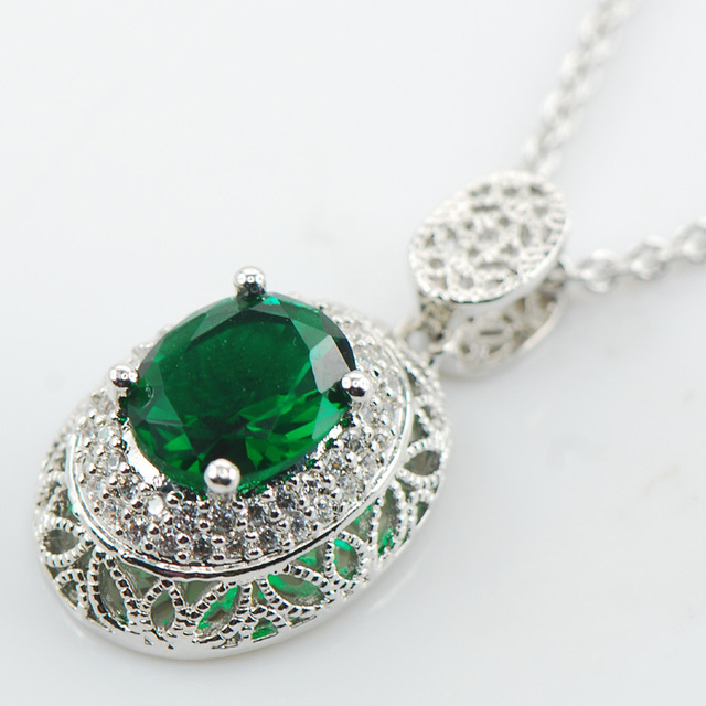 Simulated Emerald 925 Sterling Silver Fashion Jewelry Pendant AP20
