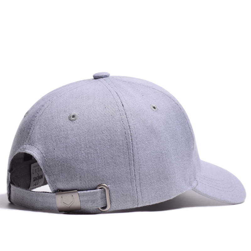 e65b113586f MNKNCL 2018 New High Quality Hat 100% Cotton Snapback Cap V 3D Embroidery  Baseball Cap Men and Women Caps-in Baseball Caps from Apparel Accessories  on ...