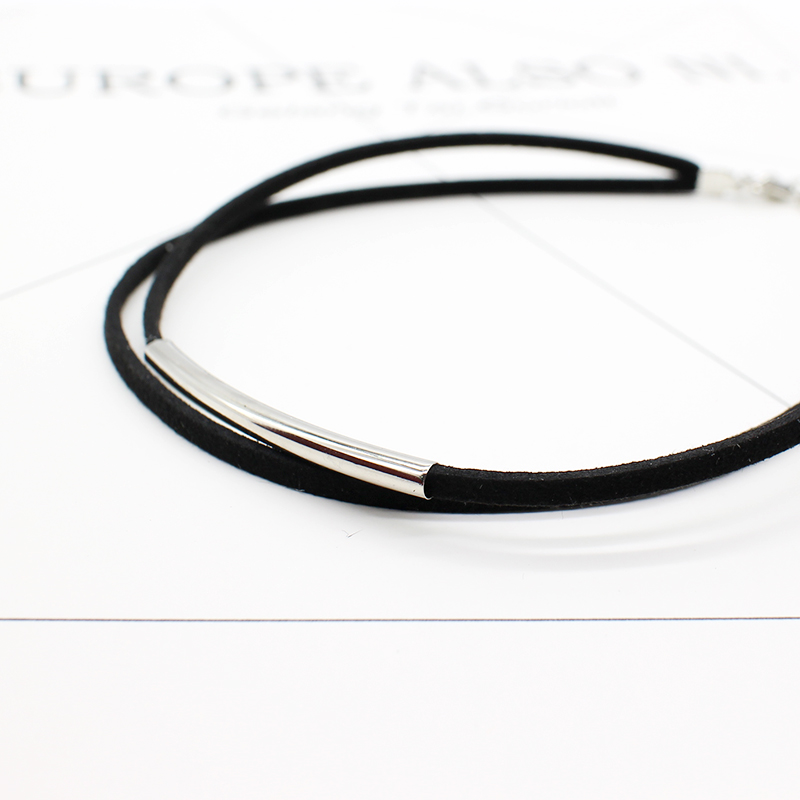 2019 New fashion Bending tube Velvet Choker Necklace Double layer Style Torque Black Short Leather Necklace Charm Collier Femme 4