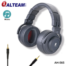 Trend three.5 mm Huge Wired Audio Stereo Skilled Hifi Bass Musical Over Ear DJ Studio Monitor Headphones with Model Emblem