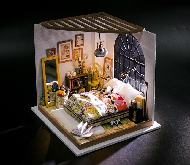 Robotime DIY Doll House Alice's Dreamy Bedroom Children Adult Miniature Wooden Dollhouse Model Building Kits Toys DG107