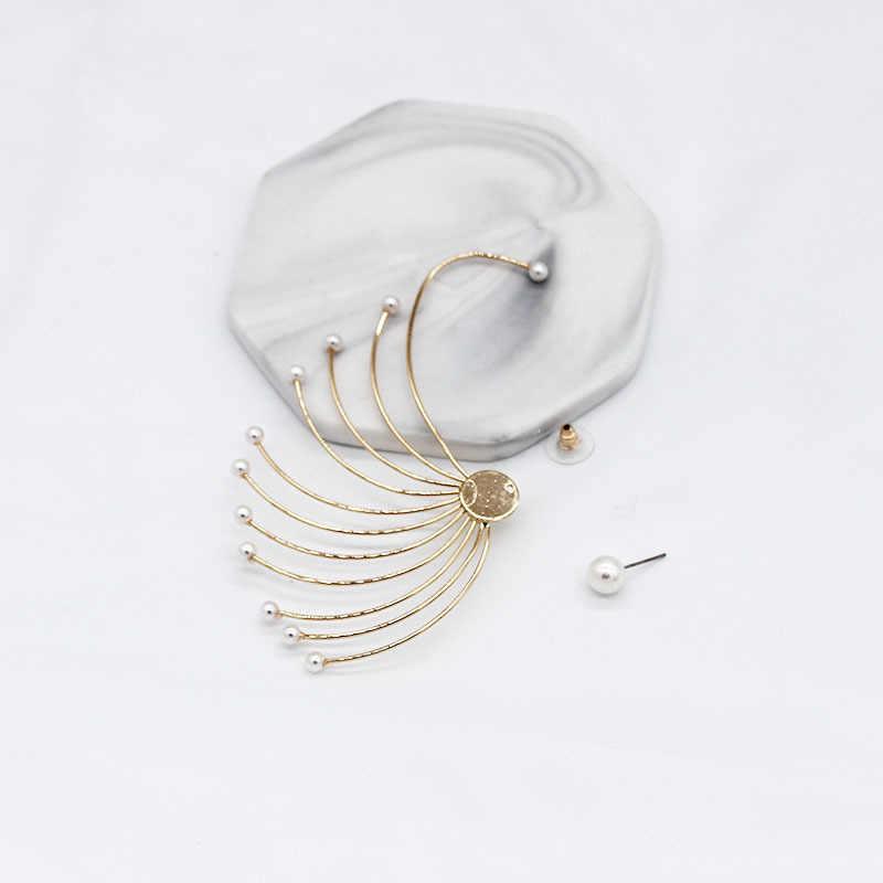 Корейская версия личности веерообразные геометрические жемчужные одиночные ушные крючки Висячие дикие шары холодный ветер геометрические серьги 1018