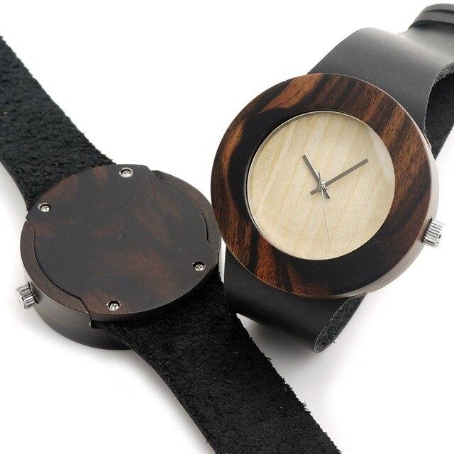 Reloj de madera y cuero minimalista 3