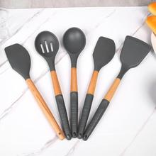 Силиконовая посуда шпатель половник-дуршлаг скребок для масла с ручки из бука отверстие Крюк дизайн деревянный силиконовый чехол ручка