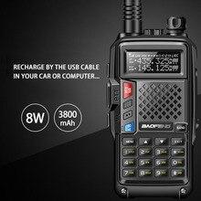 Walkie talkie della lunga portata di 10KM della banda doppia di UHF/VHF di alto potere 8W di BAOFENG più il modo di carico multiplo della batteria