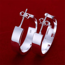 Beautiful ladies favorite wild fashion accessories silver plated stud earrings hot selling high quality jewelry