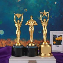 цены на Xiaojinren Home Decoration Ornaments Diamond Stars Metal Trophy Resin Oscar Gold Trophy Personality Desktop Ornaments Gift  в интернет-магазинах