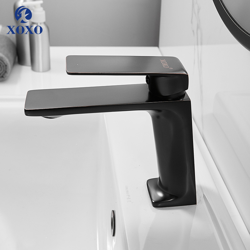Bathroom Faucet Cold and Hot Bathroom Faucet Brass Chrome Single Hole Water Mixer Black Water Tap Basin Faucet Mixer 21115      Bathroom Faucet Cold and Hot Bathroom Faucet Brass Chrome Single Hole Water Mixer Black Water Tap Basin Faucet Mixer 21115