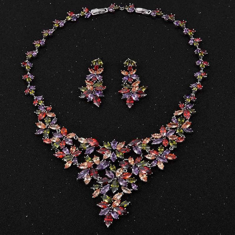 HIBRIDE Luxury Design Multicolor Rhinestone Flower Shape Pendant Necklace/Earrings Rhodium Plated Jewelry Sets For Women N-82 chic rhinestone african plate shape pendant necklace and earrings for women