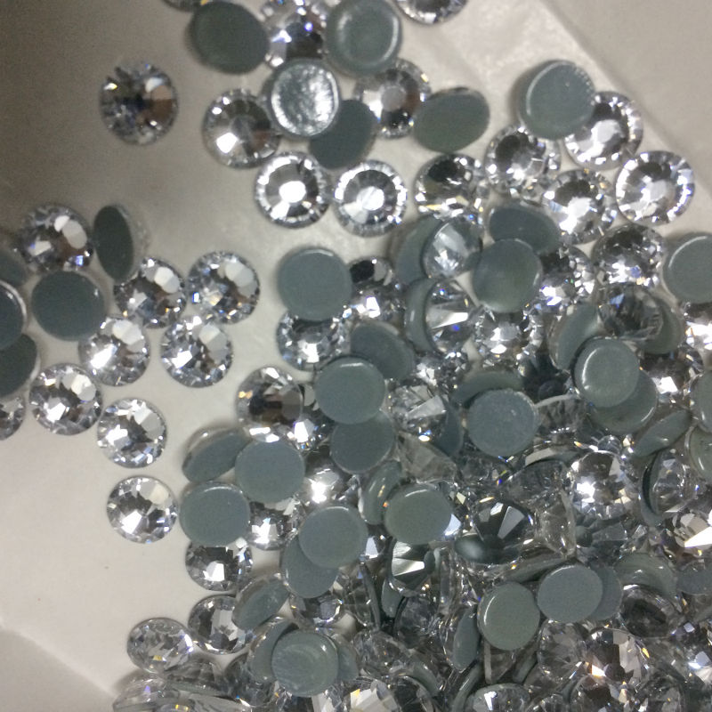 YANRUO 2058HF Clear White Crystal Hot Fix Rhinestones All Sizes Glass  Rhinestone Stones and Crystals Iron d500cd72fbbc