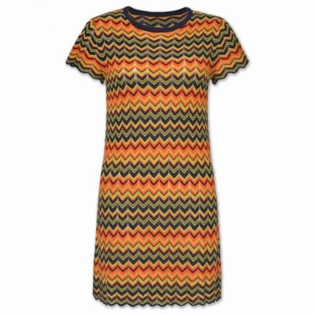 이탈리아 패션 스타일 높은 품질 2018 여름 브랜드 새로운 짧은 소매 니트 여자의 색 웨이브 스트라이프 활주로 드레스 한 크기-에서드레스부터 여성 의류 의  그룹 3