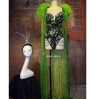 Зеленая пуховая шаль, боди со звездами и кристаллами, сценический костюм, головные уборы, Женский певец, вечерние шоу, DS DJ GOGO, костюм