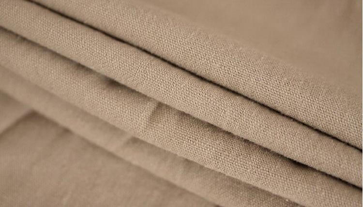 Pantalon pour hommes en lin et coton beige, gros plan matière