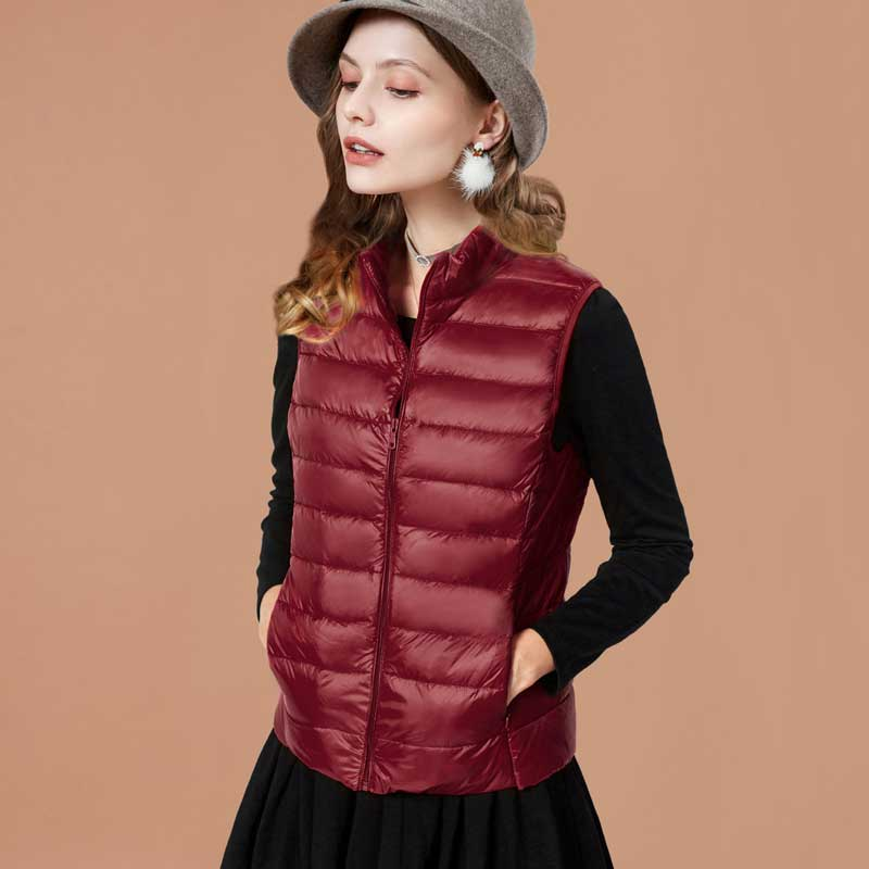 ARTKA 2018 Women New Autumn and Winter Solid 90% White Duck   Down   Stand Collar Slim Short   Down   Vest Jacket   Coat   5 Colors ZK11183D