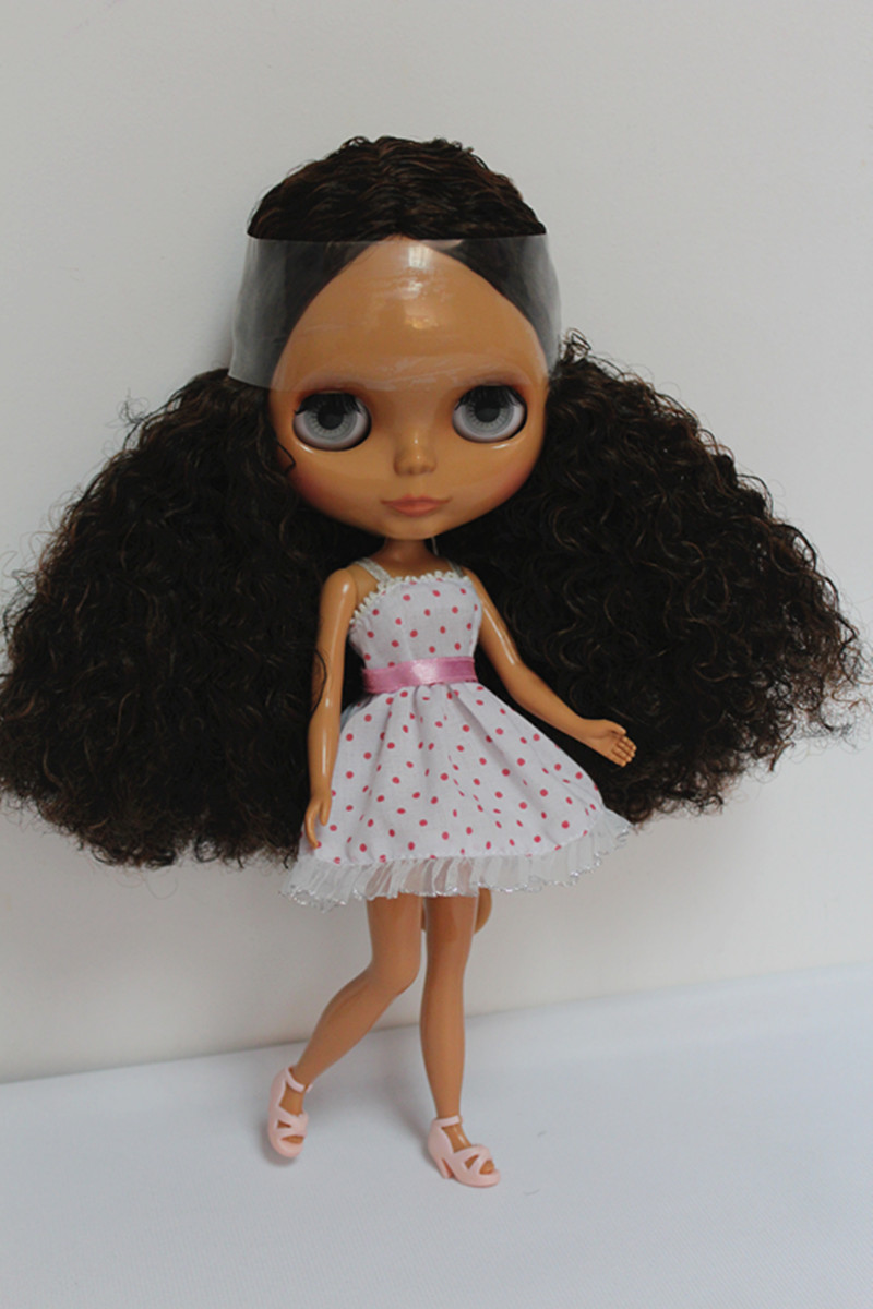 Blygirl Brown black curls Blyth doll black skin nude doll joint general body 7 can change the makeupBlygirl Brown black curls Blyth doll black skin nude doll joint general body 7 can change the makeup
