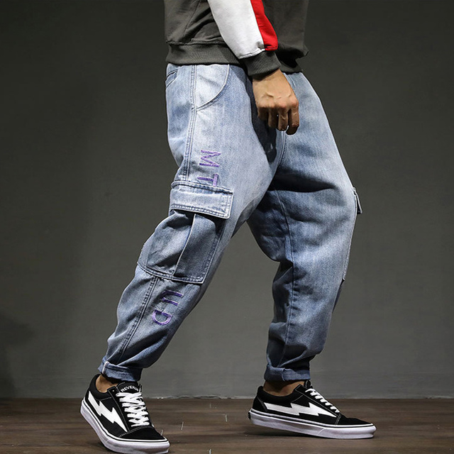 Fashion High Street Men Jeans Blue Color Big Pocket Cargo Pants Loose Fit Punk Style Tapered Jeans Men Hip Hop Pants Size 28-42