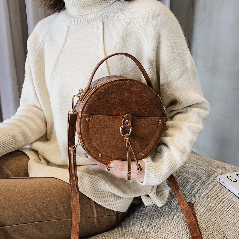 2019 New Vintage Small Round Bag Scrub Pu Leather Handbag For Women Fashion Simple Black Shoulder Messenger Bag Ladies Mini Tote