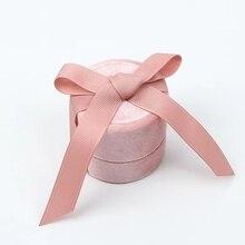 卸売ジュエリー包装箱ピンクベルベットラウンドちょう結びリングペンダントとネックレス