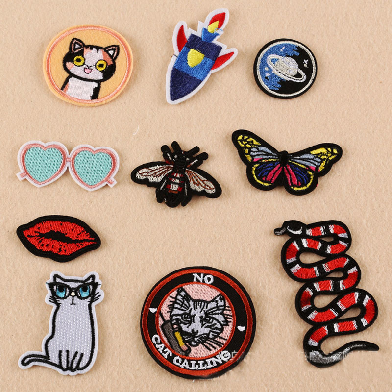 New product cloth patch badge patch source supply factory direct spot flat embroidery chapter cartoon