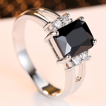 Exquisite Princess Cut Cubic Zirconia Fashion Ring