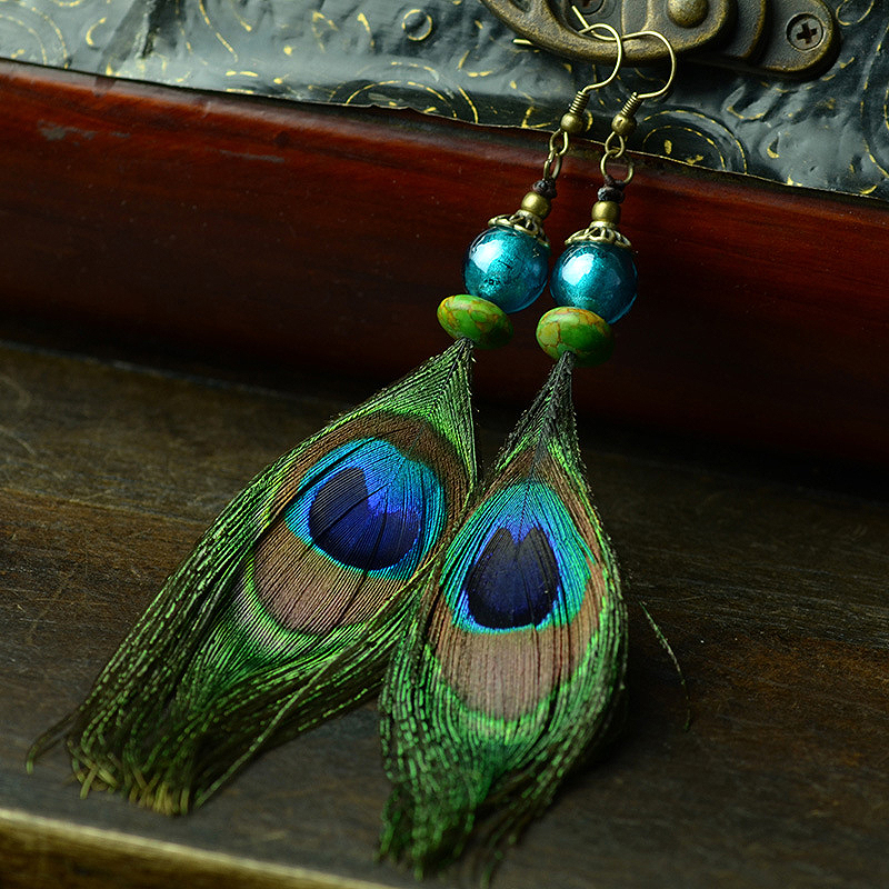 цена на ethnic earrings long for women green peacock feather drop color glazed beads green stone hanging hook vintage jewelry 2017