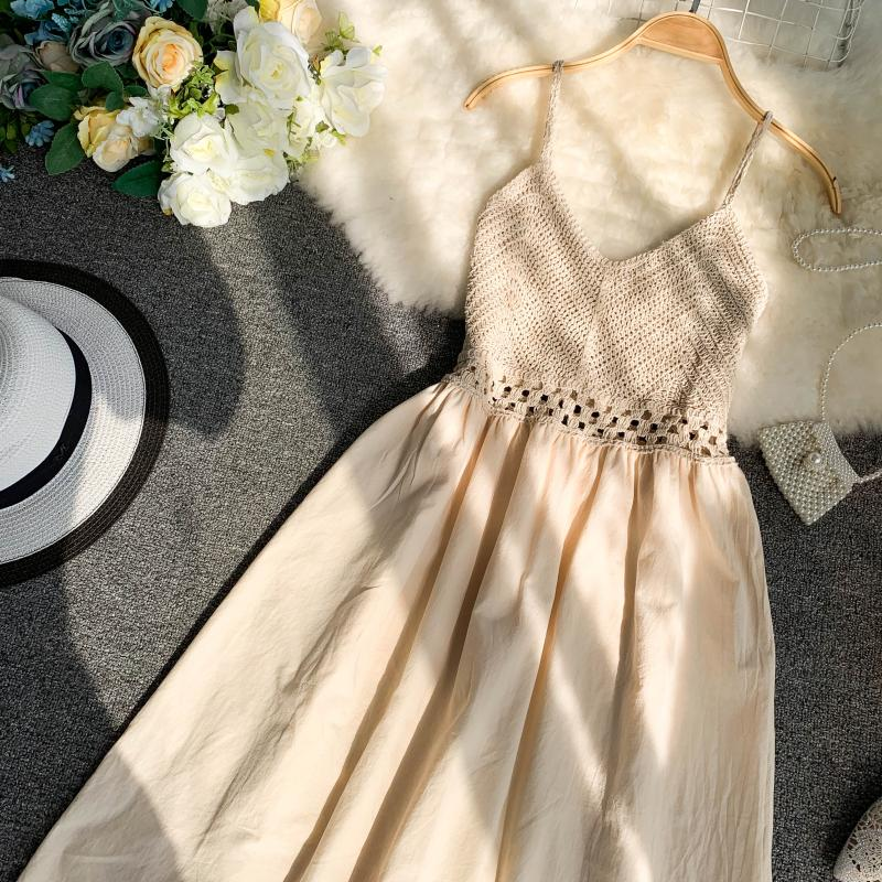 19 new fashion women's dresses Fresh openwork knit stitching V-neck strap high waist dress 20
