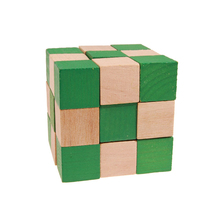 цена 3x3x3 Wooden Magic Snake Shape Toys Game Twist Cube Puzzle Toys Gift For Kids Green
