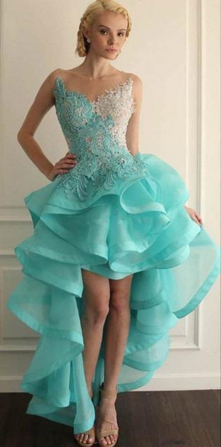 Verde da hortelã Vestidos Quinceanera 2016 Alta Frente Low Back Ruffles Colher Sheer Lace Apliques Vintage Vestidos de Baile para Festa