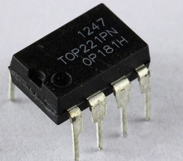 10pcs/lot TOP221PN TOP221P TOP221 DIP-8 In Stock