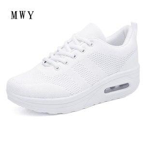 Image 2 - MWY Frauen Casual Plattform Schuhe Mode High Heels Schuhe Frau Zwängt Frauen Weiße Turnschuhe Schuhe Heigh Erhöhung zapatos mujer