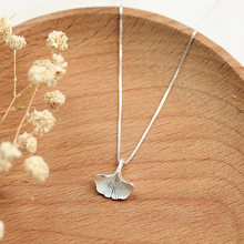 ginkgo leaf necklace women 100% 925 Sterling silver nacklace Jewellery Clavicle chain pendant charms(China)