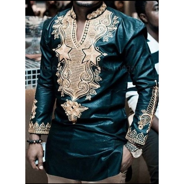 ad715fd60e African Clothing Men Traditional Printing Stand Collar V-Neck Long-sleeved  T-shirt
