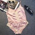 Grande Marca de Luxo Imitação de Cetim Mulheres Curto Conjunto De Pijama Sexy Lace Pijama Terno de Seda Fina Quente Mulheres Noite Vestir Roupas