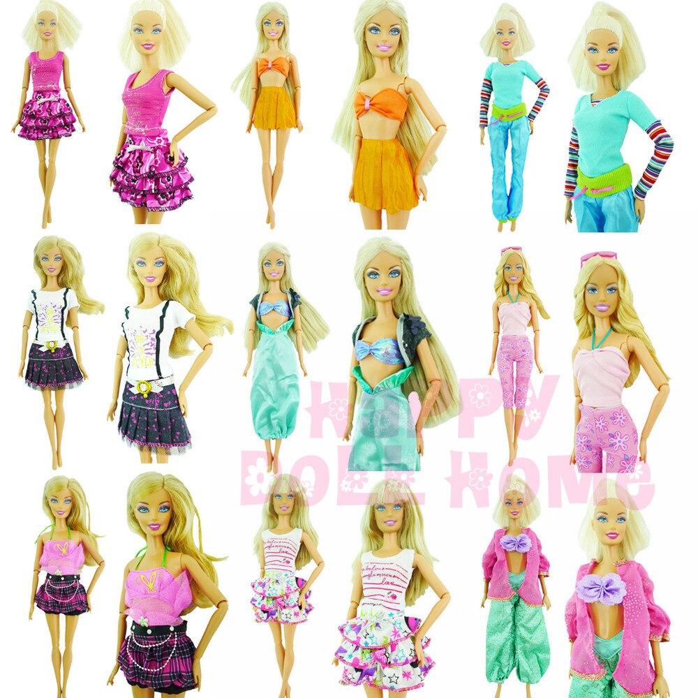 f35c27960d2ca Rastgele Pick 10 Setleri Moda Oldukça Serin Aksesuarları Kıyafet Bluz  Pantolon Elbise Şort Pantolon Etek Elbise Için barbie bebek