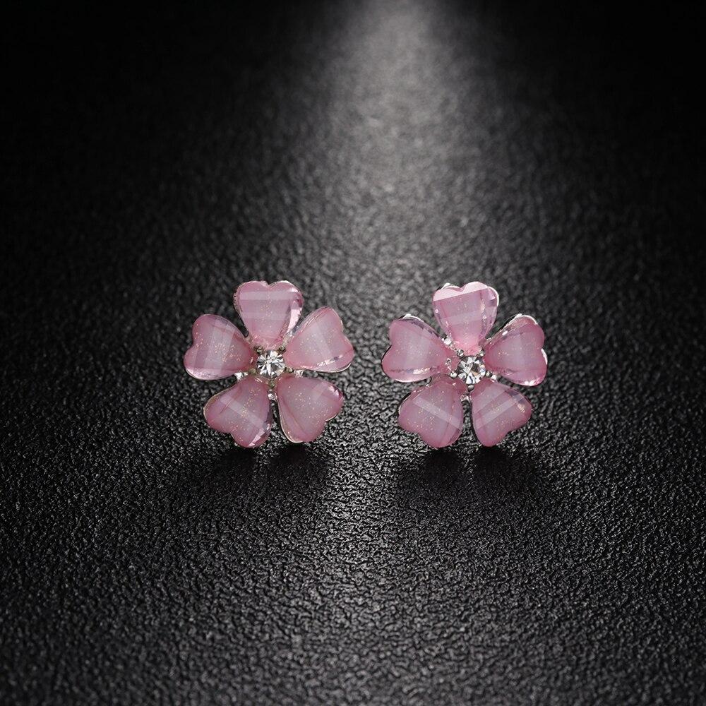 1 Pairs Silber Überzogene 5 Blätter Ohrringe Weiß & Schwarz & Rosa Blume Kristall Strass Stud Ohrringe Für Frauen Mädchen Brincos Schmuck Und Verdauung Hilft
