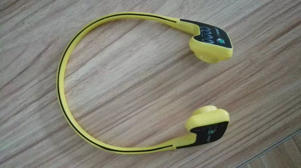 DHL משלוח חינם עצם הולכה ספורט אוזניות נגן Mp3 IPX68 10M עמיד למים ו 8GB זיכרון