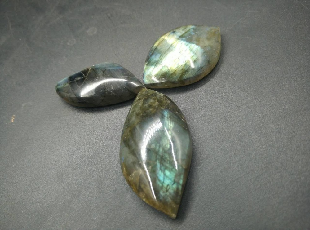 3pcs Natural starlight moonlight stone mineral crystal specimens Labradorite Semi gem stone Jewelry pendant