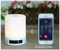 Inteligente de Iluminação Lâmpada LED Music Player 2-em-1 Multifuncional Bluetooth 2.1 Speaker Luz Dormir Design For Iphone Samsung