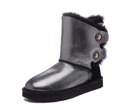 The new fashion of sheep fur women snow  boots waterproof female buckle leisure fashion snow boots in winter
