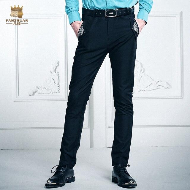 FanZhuan Бесплатная Доставка мода casual male мужская Новый персонализированные джинсы карман плиссированные Royal брюки цветок вышивка брюки