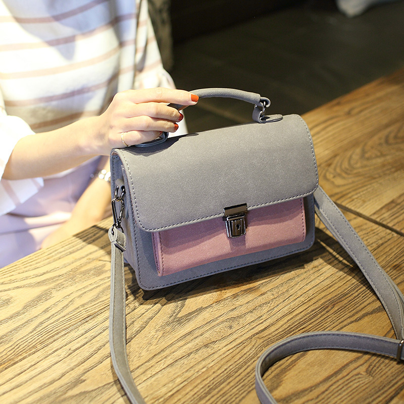 Free shipping 2017 new leisure woman handbags trend messenger bag retro Korean version women bag fashion