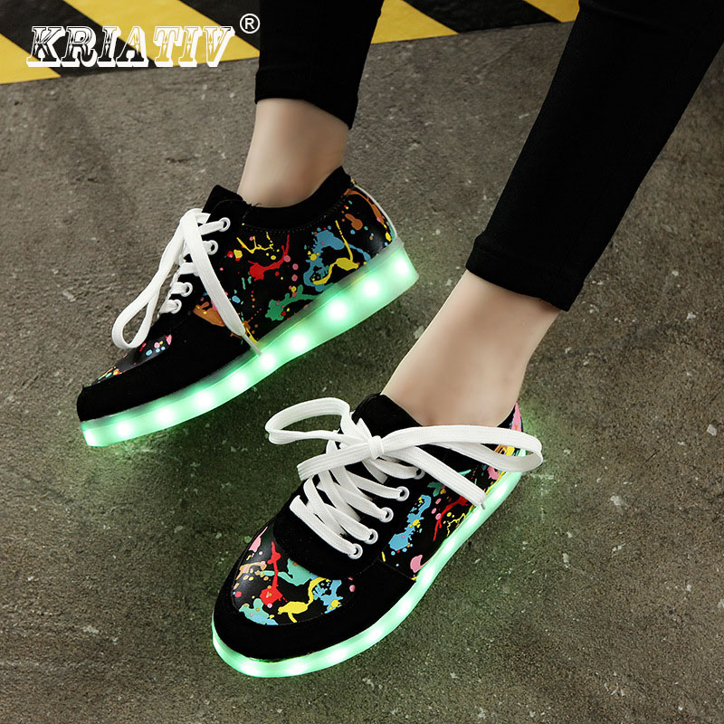 KRIATIV Usb di Ricarica del capretto Scarpe Incandescente Sneakers pantofole fare con Luce LED up ragazze pattini infantili sneakers tenis led luminoso